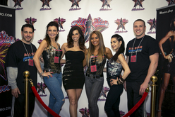 Fans with All Stars Ela Leahy, Diana Zarillo, Monica Long + Mel Tozzi